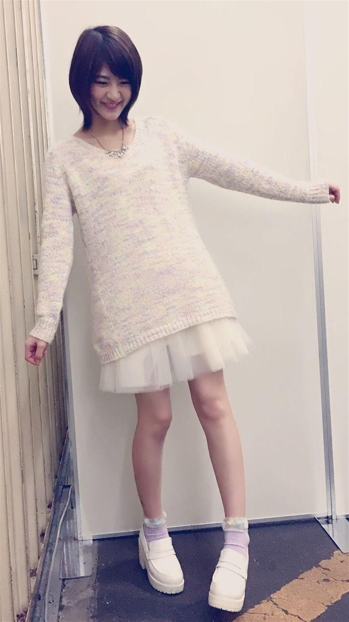 ファッションモデルの若月佑美さん