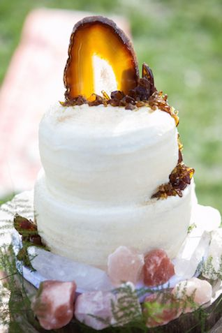 Geode wedding cake topper | Cornerstone Photography| see more on: http://burnettsboards.com/2015/06/geodes-feathers-airstream/