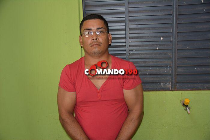O bárbaro crime aconteceu durante a madrugada desta segunda-feira, dia 20, na Rua Maracatiara (antiga T-20), nos fundos da Creche Municipal, bairro Ministro Andreazza, no 2º Distrito de Ji-P...