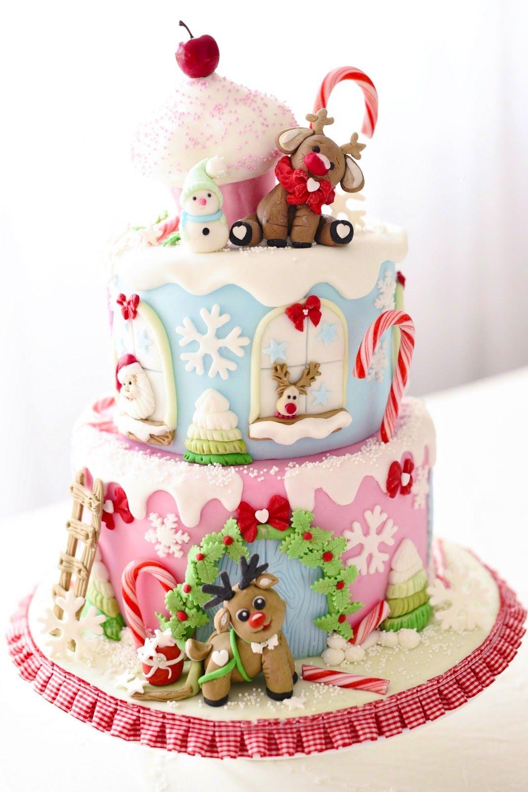 eine kunterbunte Weihnachts Motivtorte mit Rentieren  weihnachtstorte Rezept  Kuchen Fondant