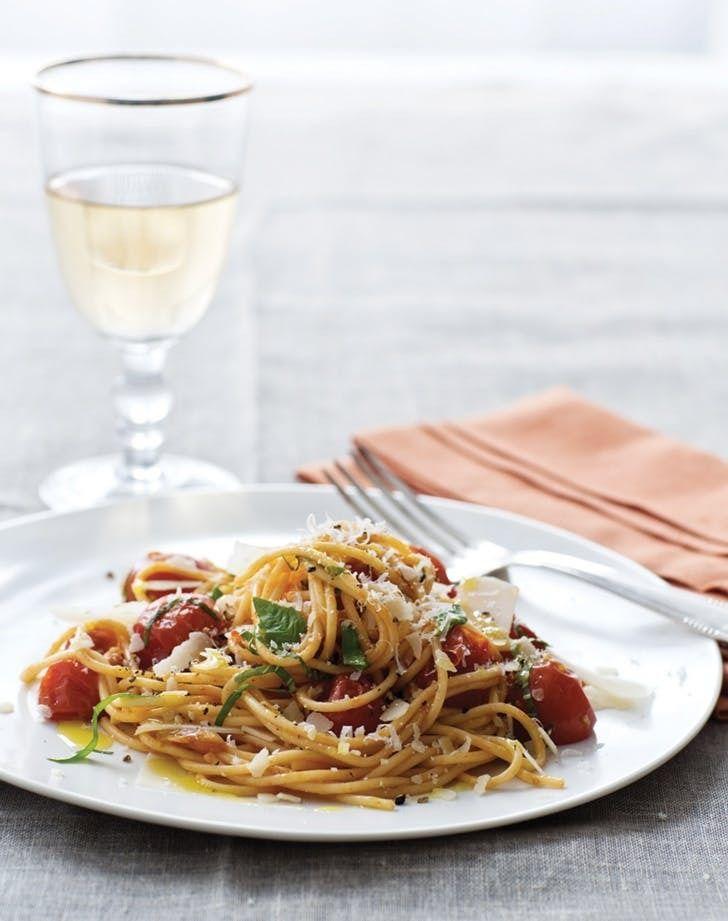 11 Light And Easy Recipes From Giada De Laurentiis Pasta Recipes Food Network Recipes Giada Recipes
