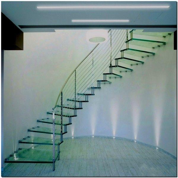 ступени из стекла, лестницы из стекла