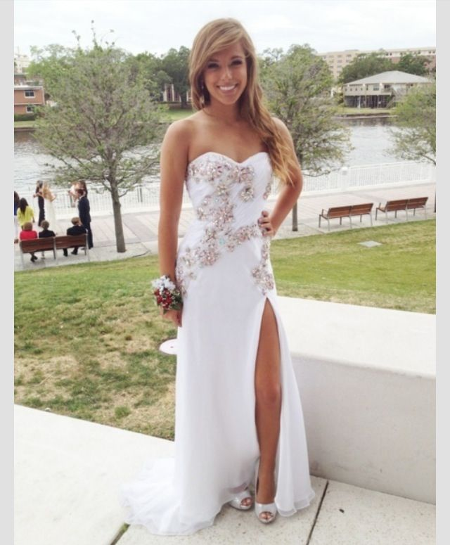 Pin by Alyssa Bolen on Beautiful Dresses | Pinterest | Prom, Prom ...