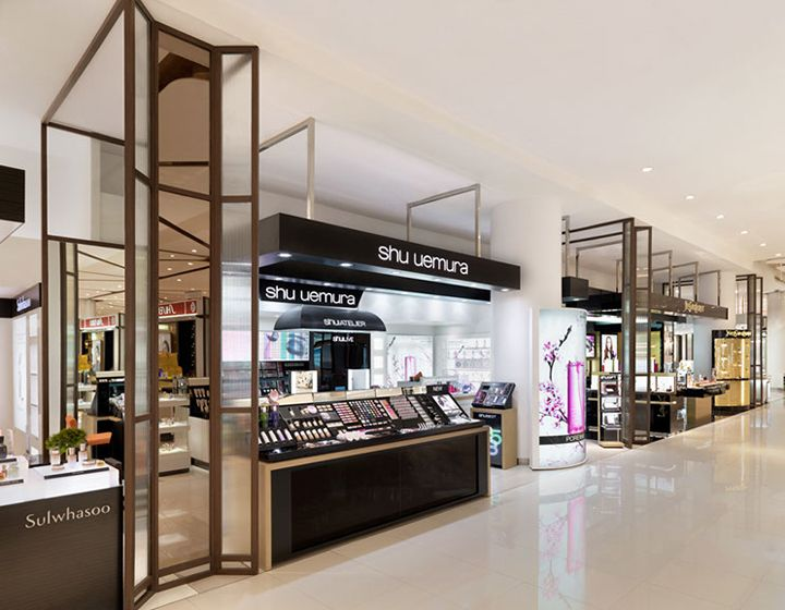 D Fashion Beauty Supply: Siam Paragon Mall's Beauty Department Store By HMKM