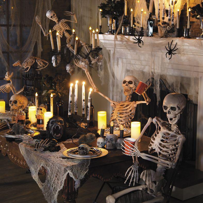 House of October Halloween decorations indoor, Halloween