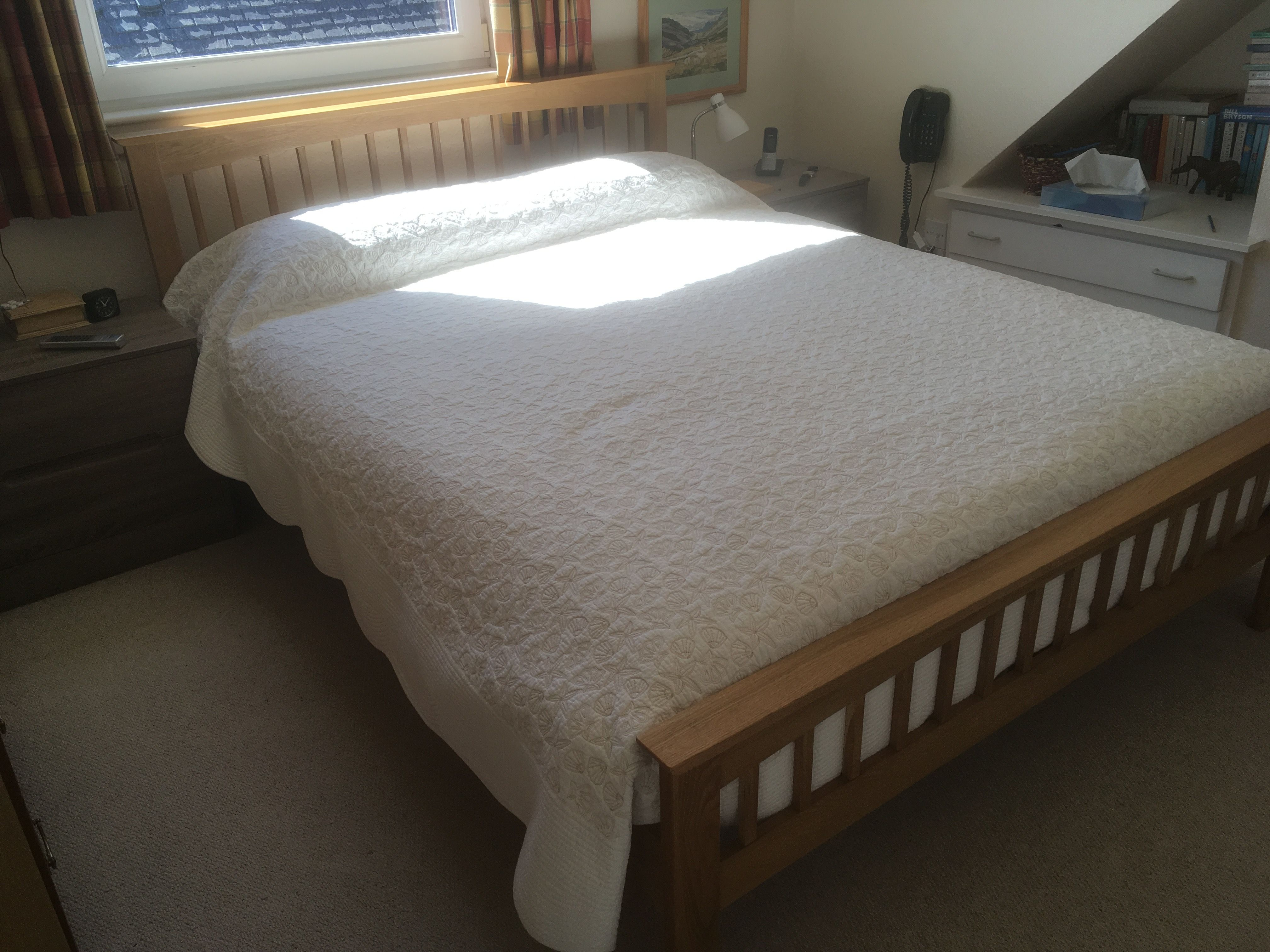 Heywood Solid Oak Bed Frame 5ft King Size Theoakbedstore