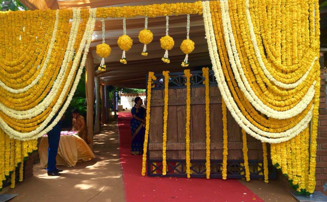 Pin By Ravi Palliwar On Wedding Decor Wedding Entrance Decor Entrance Decor Gate Decoration