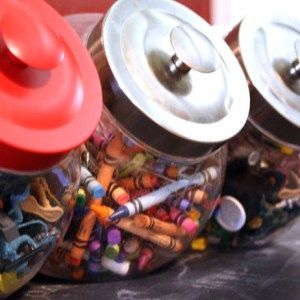Mais de 20 idéias criativas para organizar os brinquedos da criançada  Mamãe Plugada Mais de 20 idéias criativas para organizar os brinquedos...