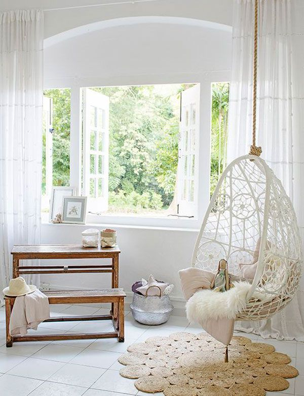 8 awesomely beautiful indoor swing chairs my cosy for Living room hammock