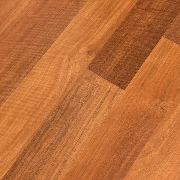 Pergo Accolade Argentinian Oak Laminate Flooring Lf000550