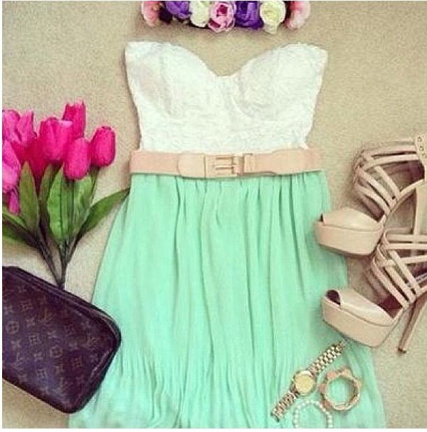 Pretty tube top crop top & skirt outfit