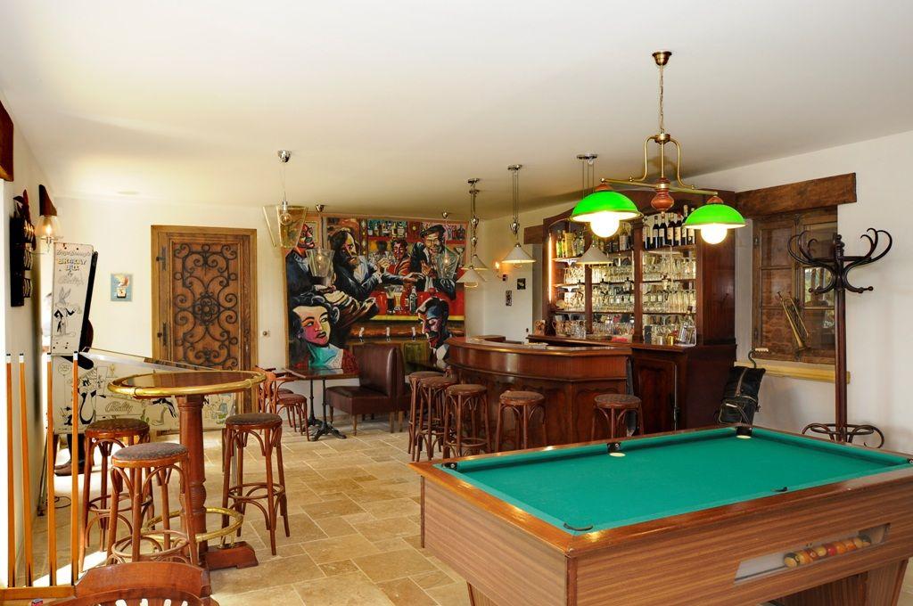 salle flipper billard bar - Recherche Google Salle loisirs Pinterest