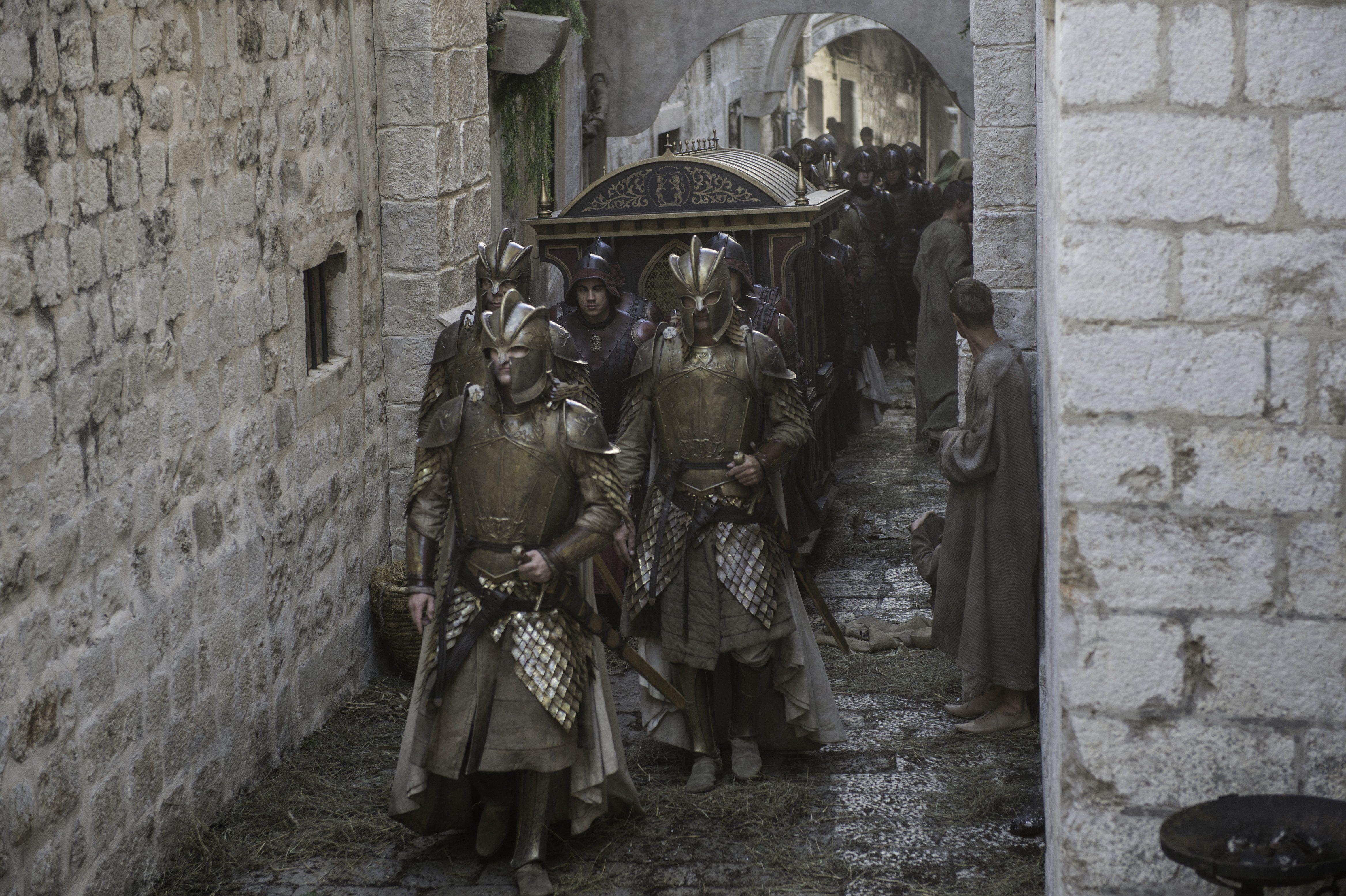 regarder game of thrones saison 1 en francais