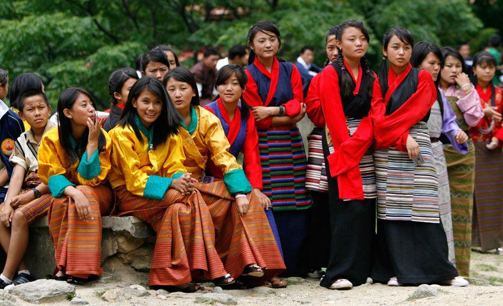 Bhutanese Girls Bhutan Folk Clothing Men Dress Up