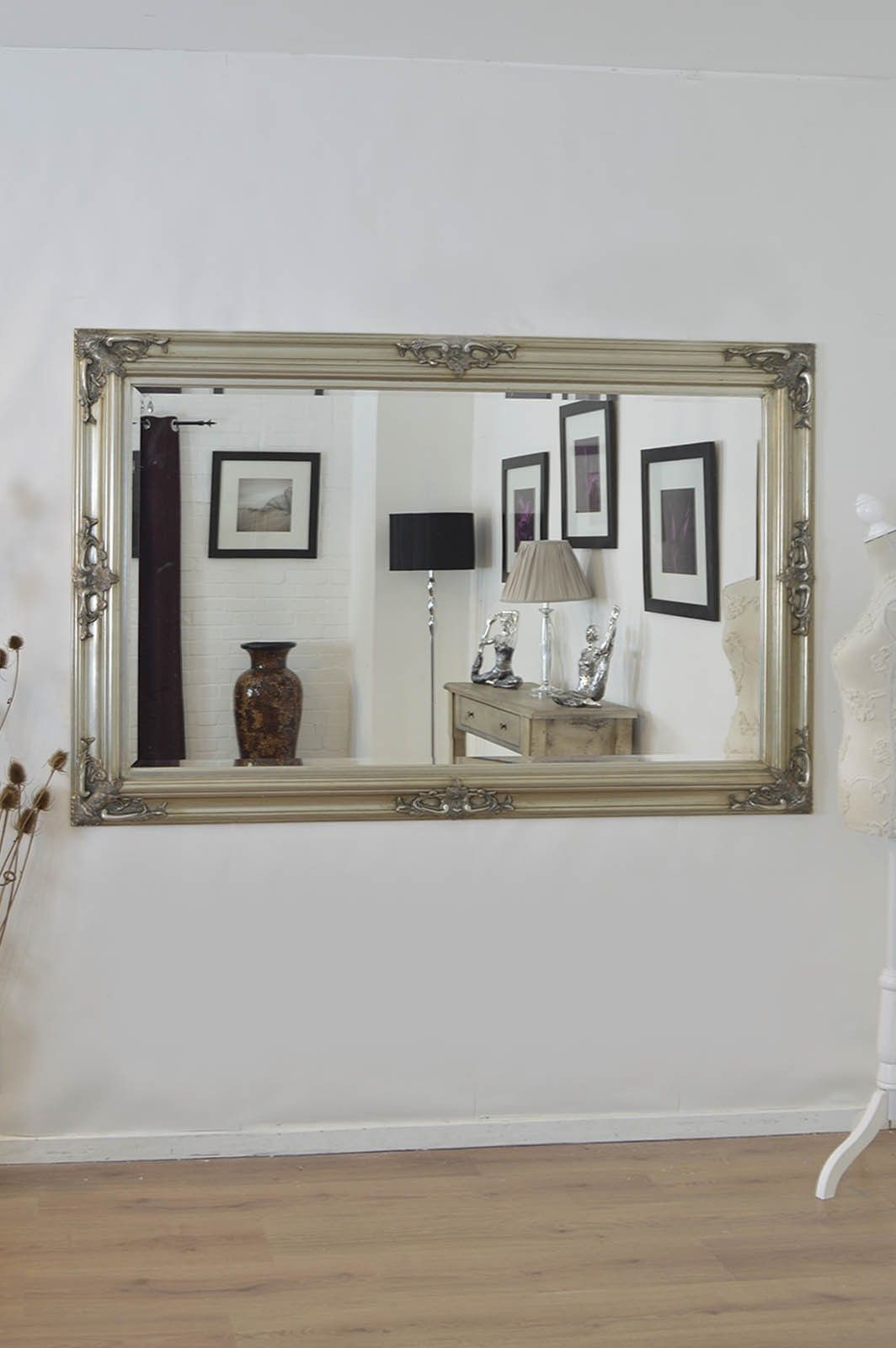 4 Surprising Diy Ideas Small Wall Mirror Couch Art Toilet PaperWall Horizontal Dining Rooms Gallery Display
