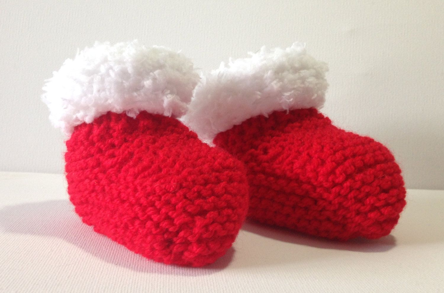 Christmas Baby Booties / Bootees, Red with White trim, Hand Knitted, 0-6 Months…