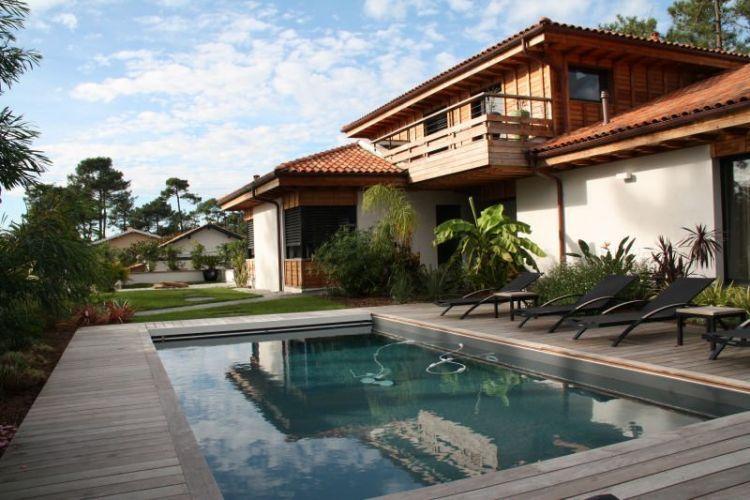 maison pays basque bord de mer ventana blog. Black Bedroom Furniture Sets. Home Design Ideas