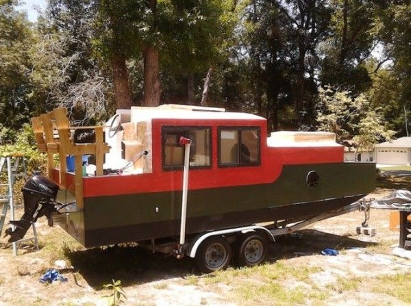 A Diy Shantyboat You Can Rent In Florida Live On Boats