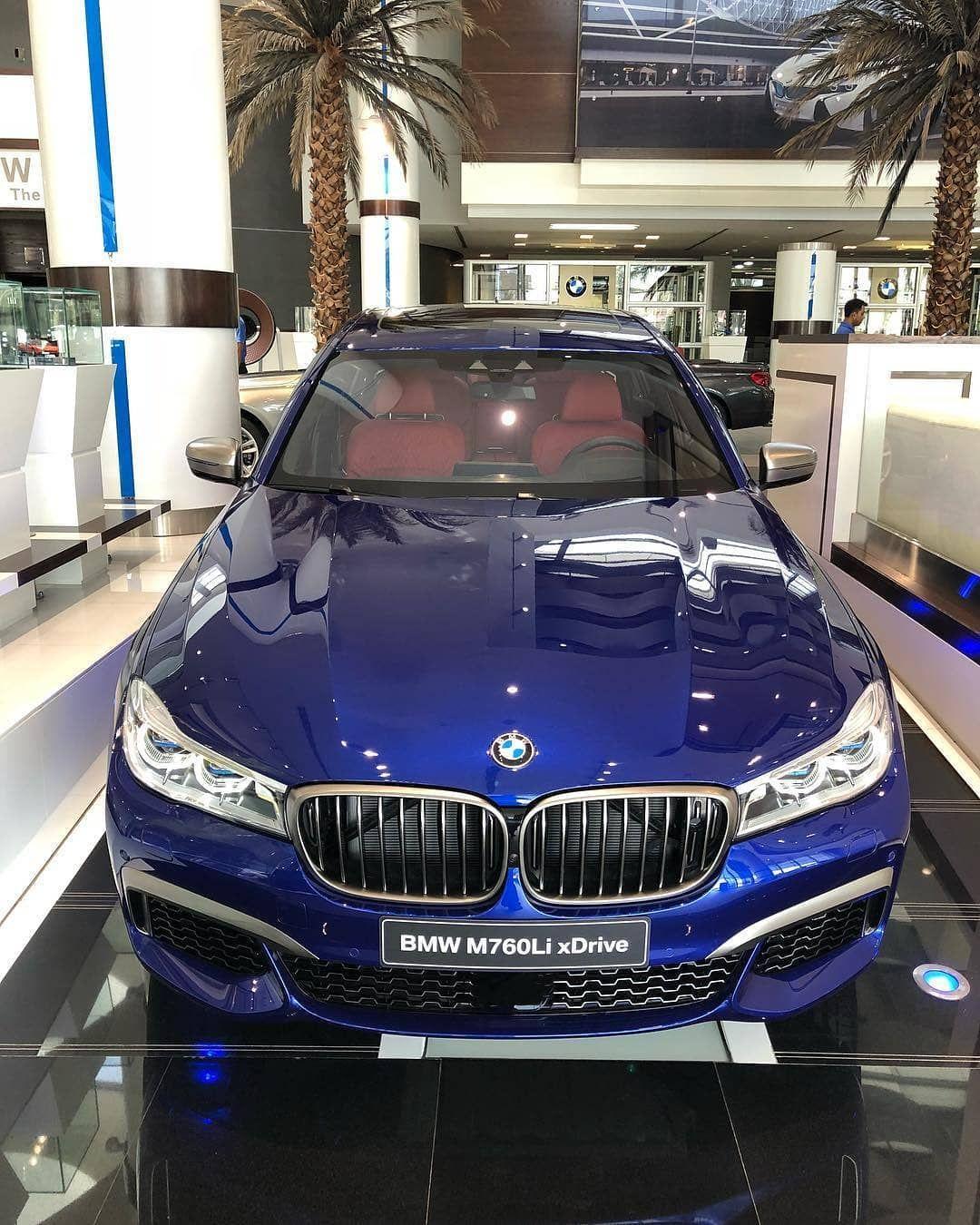 Bmw 330 M Sport: Bmw M760li M Sport San Marino Blue V12 6,6 Li Bi-Turbo 610