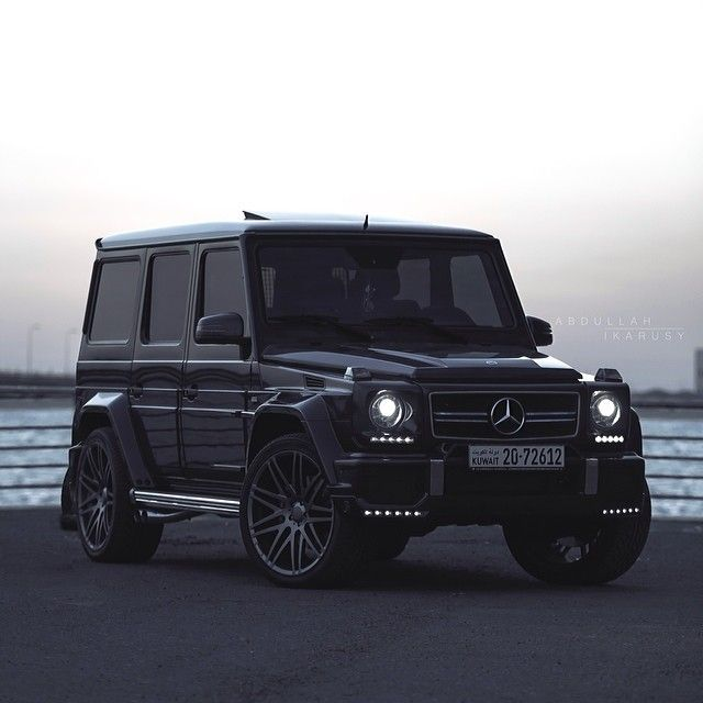 The tank mercedes benz g63 amg brabus damn cool for Mercedes benz g wagon g63