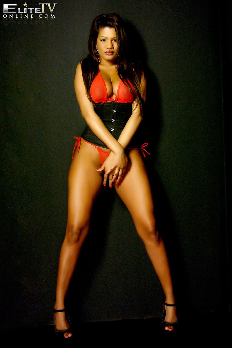 Sophia Lares Nude Photos 62