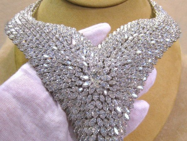 amazing necklaces | Amazing Diamond Necklaces For Women