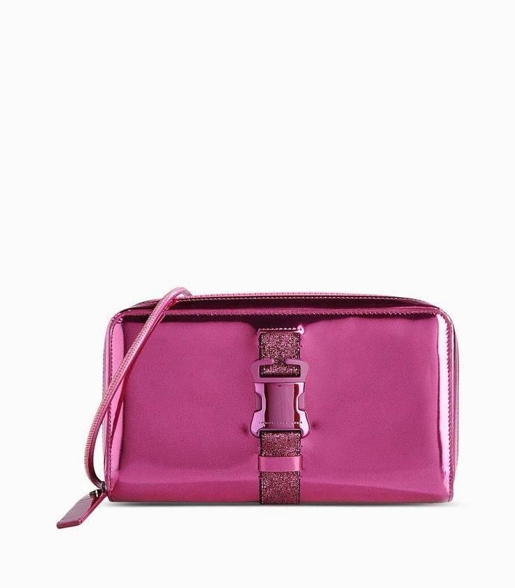 Christopher Kane Met     Christopher Kane Metallic Pink Clutch