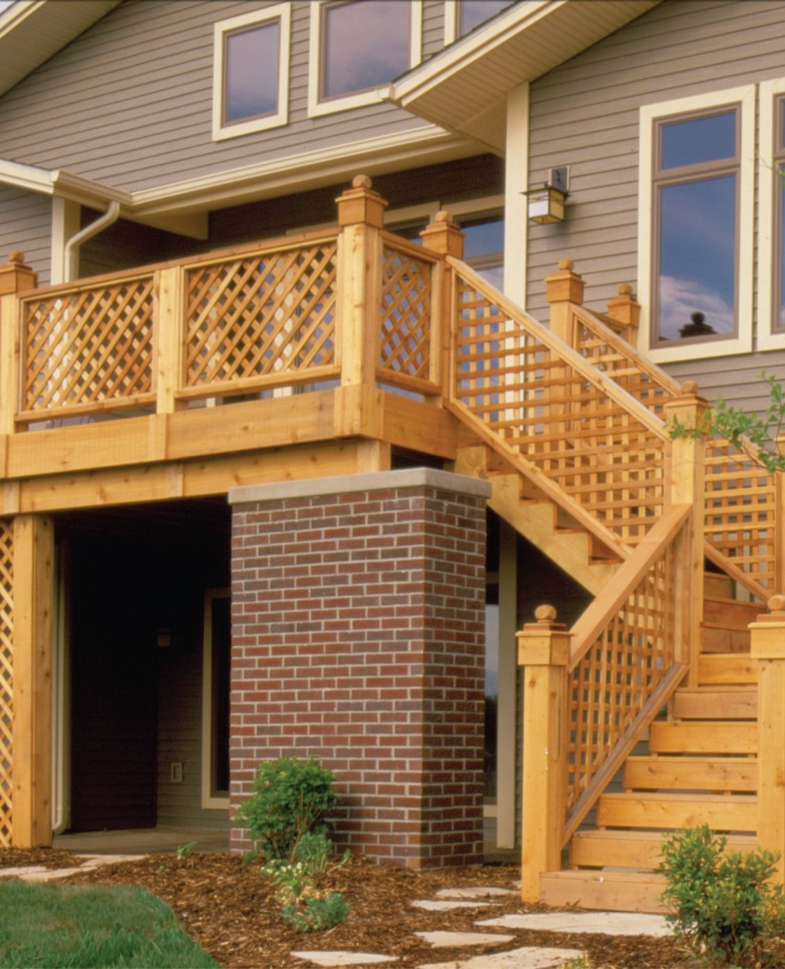 Best Lend A Fresh Look To Your Landscaping With Lattice 640 x 480