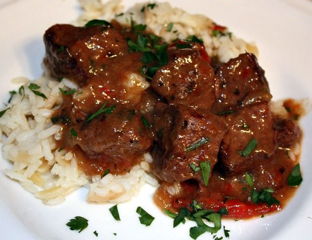 DELICIOUS Beef Tips in Gravy over Rice Pilaf