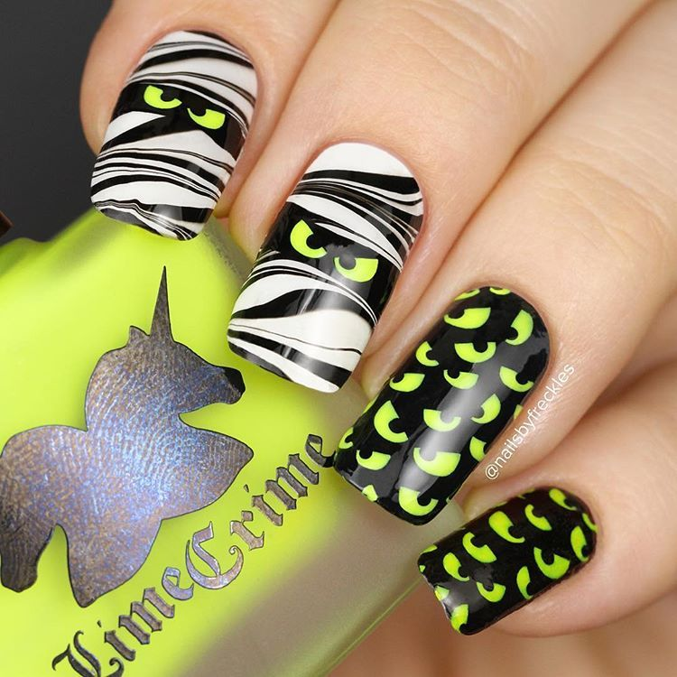 Amazing Halloween nails by @nailsbyfreckles using Whats Up ...