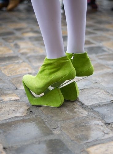 extraterrestre shoes