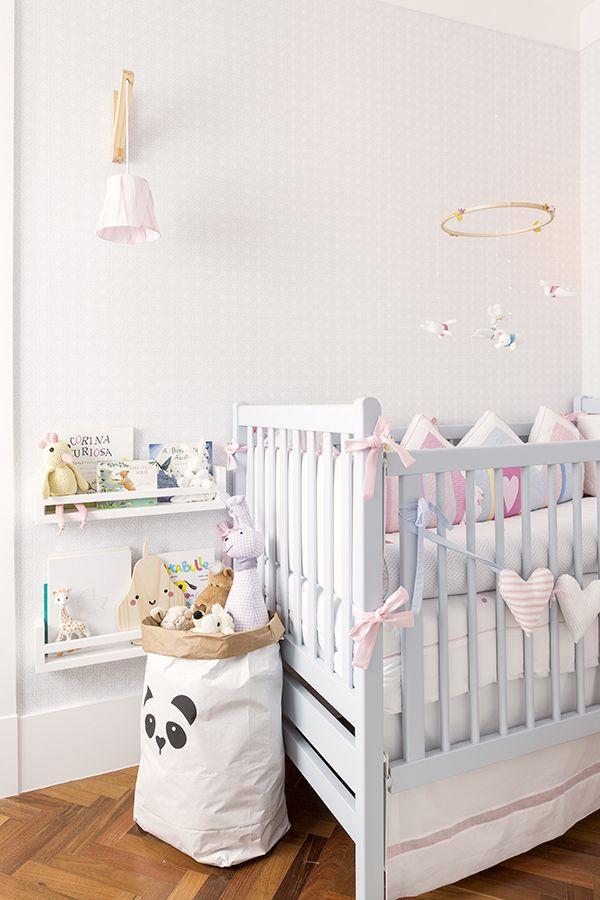 Decoração candy colors para o quarto de bebê da Antonella  Babies