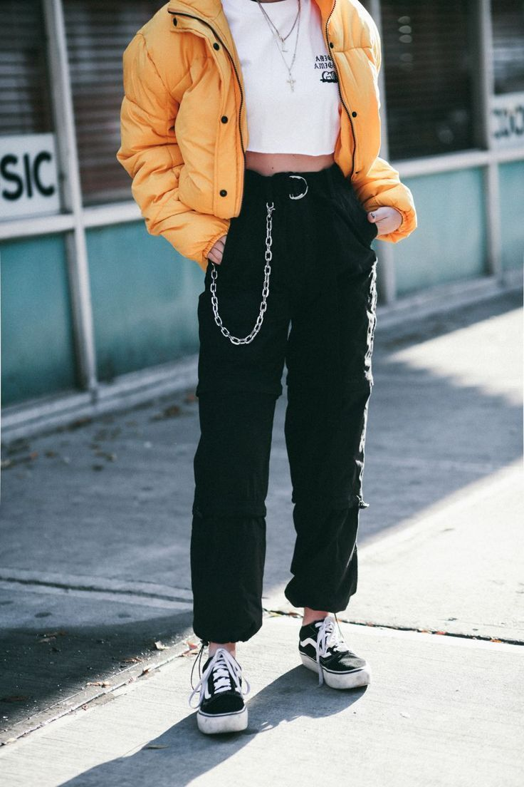 90 S SKATER GIRL OUTFITS AESTHETIC VANS, Source by lenahal2078 girl outfits aesthetic