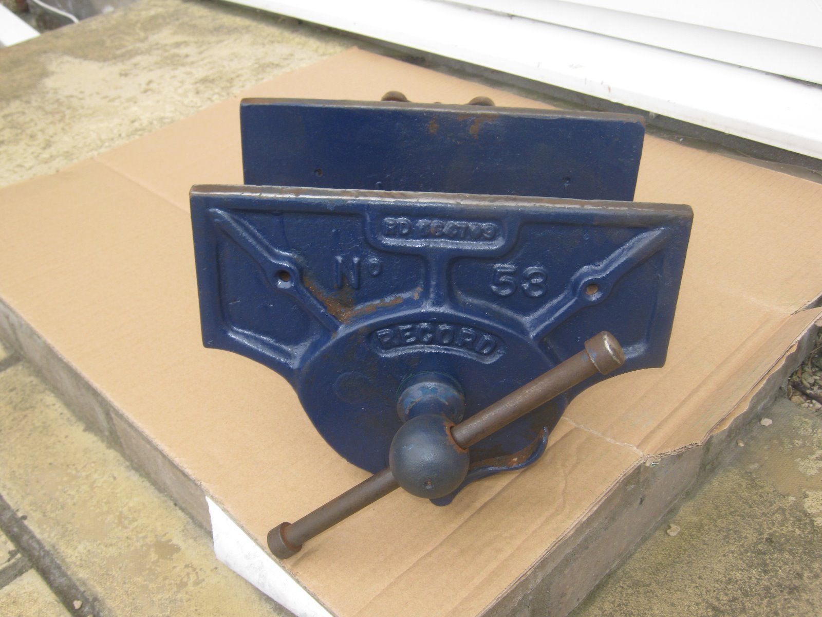 A Large Carpenter S Woodworking Vice By Record Number 53 With Quick
