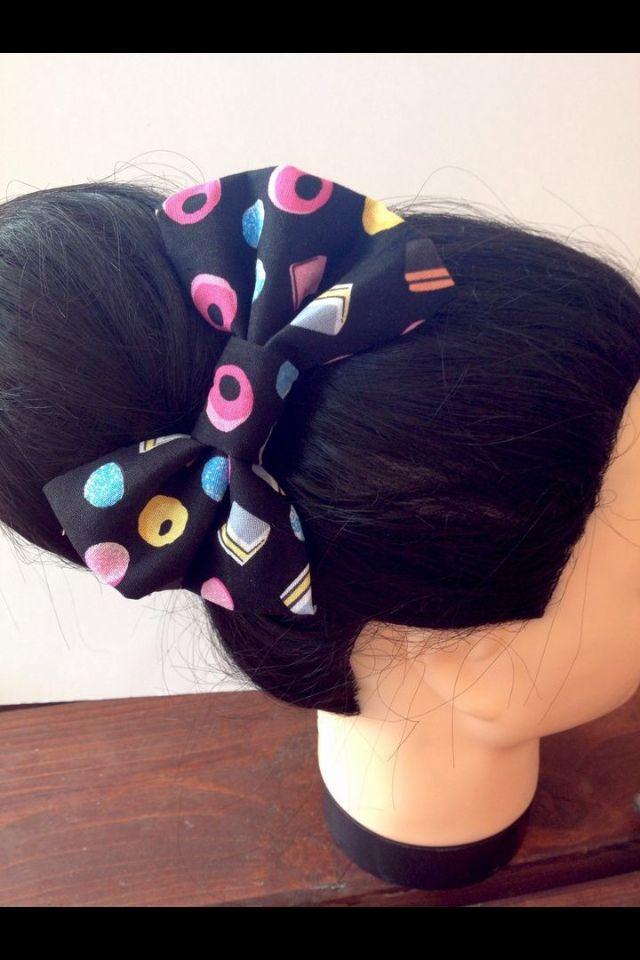 Gorgeous Liquorice allsorts rockabilly hair bow, perfect for that 50's look. Handmade from 100% cotton with a crocodile clip on the back, £5.50 inc delivery to uk!!!