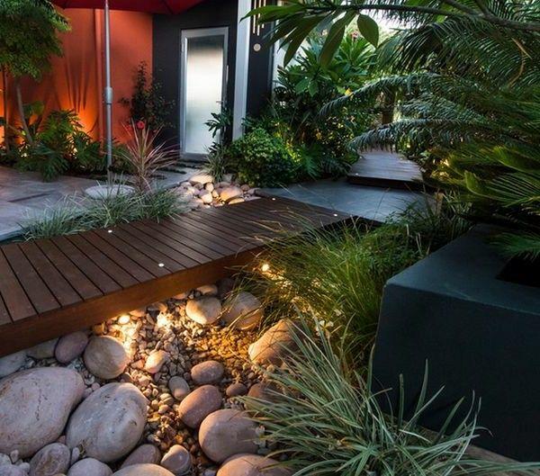 Schöne Landschaft im Garten fußweg beleuchtung   kleiner Garten ...