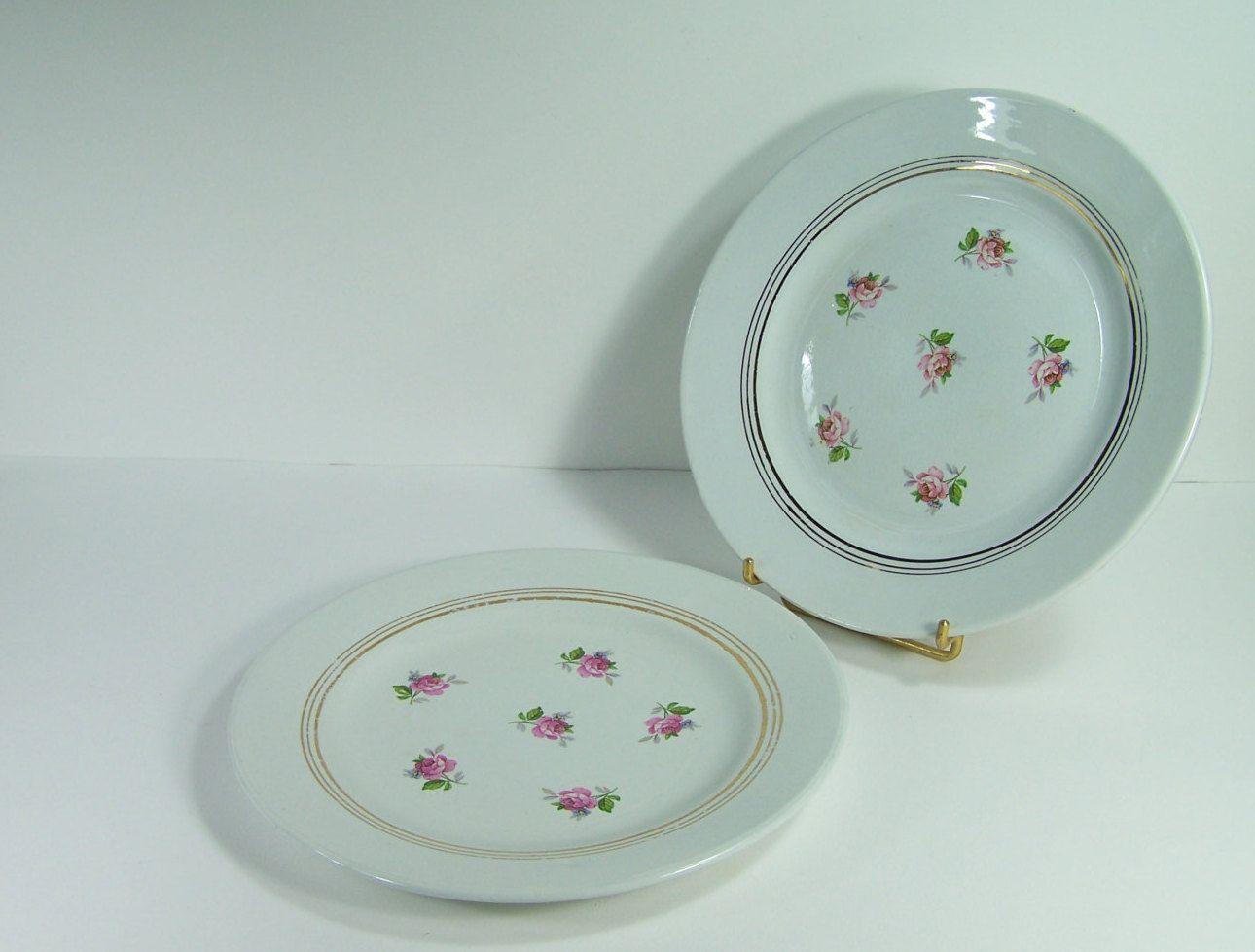 2 assiettes à dessert filet or et roses roses en porcelaine opaque SA  vintage Made in France de la boutique MyFrenchIdeedAntique sur Etsy
