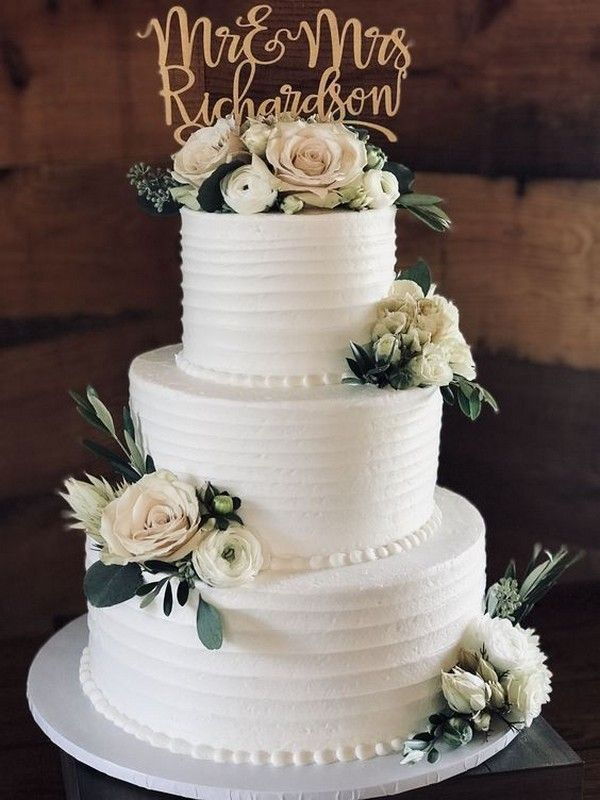 20 Gorgeous Vintage Wedding Cakes For 2019 Brides Oh Best Day Ever Simple Wedding Cake Floral Wedding Cakes Rustic Wedding Cake