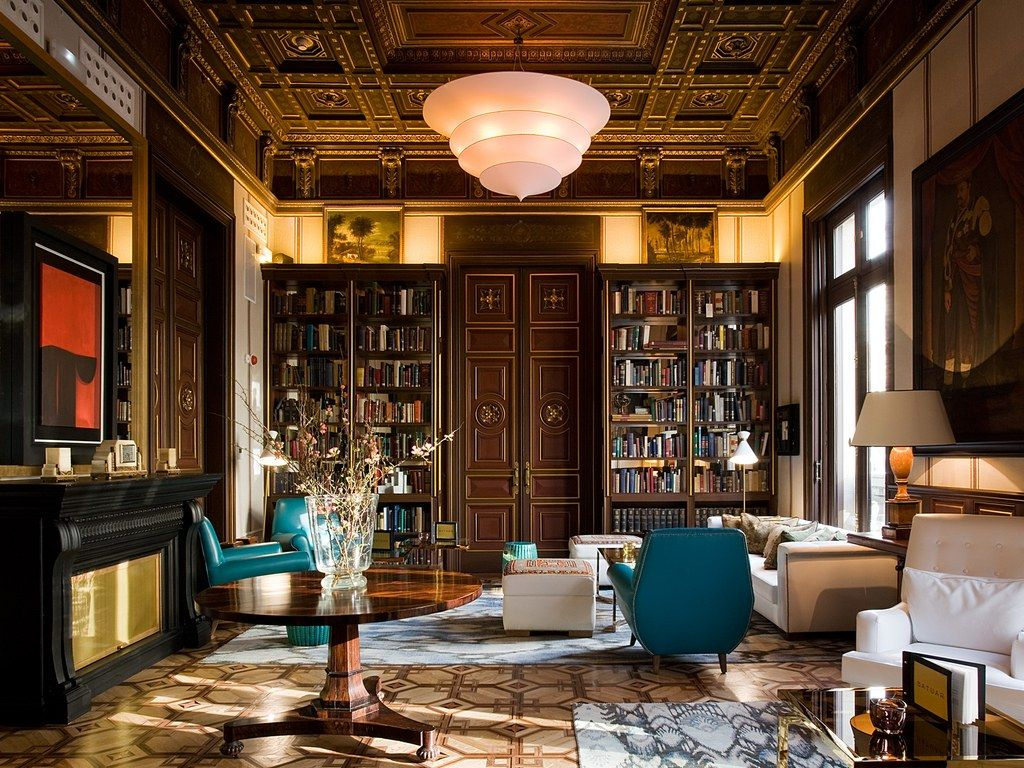 Filled to the brim with Belle Epoque details, this former mansion on the city's Gran Vía has been transformed by designer Lázaro Rosa-Violán into one of the hottest spots to see and be seen in town (with little clue to the fact that it's actually owned by Marriott).