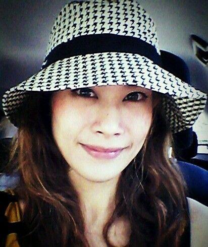 1850b9fd0cd NaRaYa Thailand Womens Sun Hat for Summer Vintage White and Black Scot