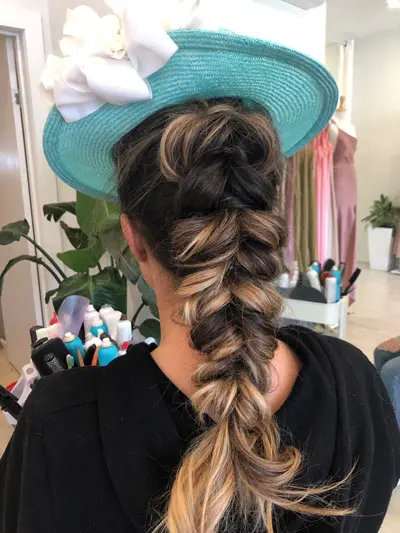 Races Hairstyles With Fascinators Hair Ideas For Race Day Fishtail Braid Braid Plait Upstyle In 2020 Fascinator Hairstyles Hair Styles Curly Hair Styles