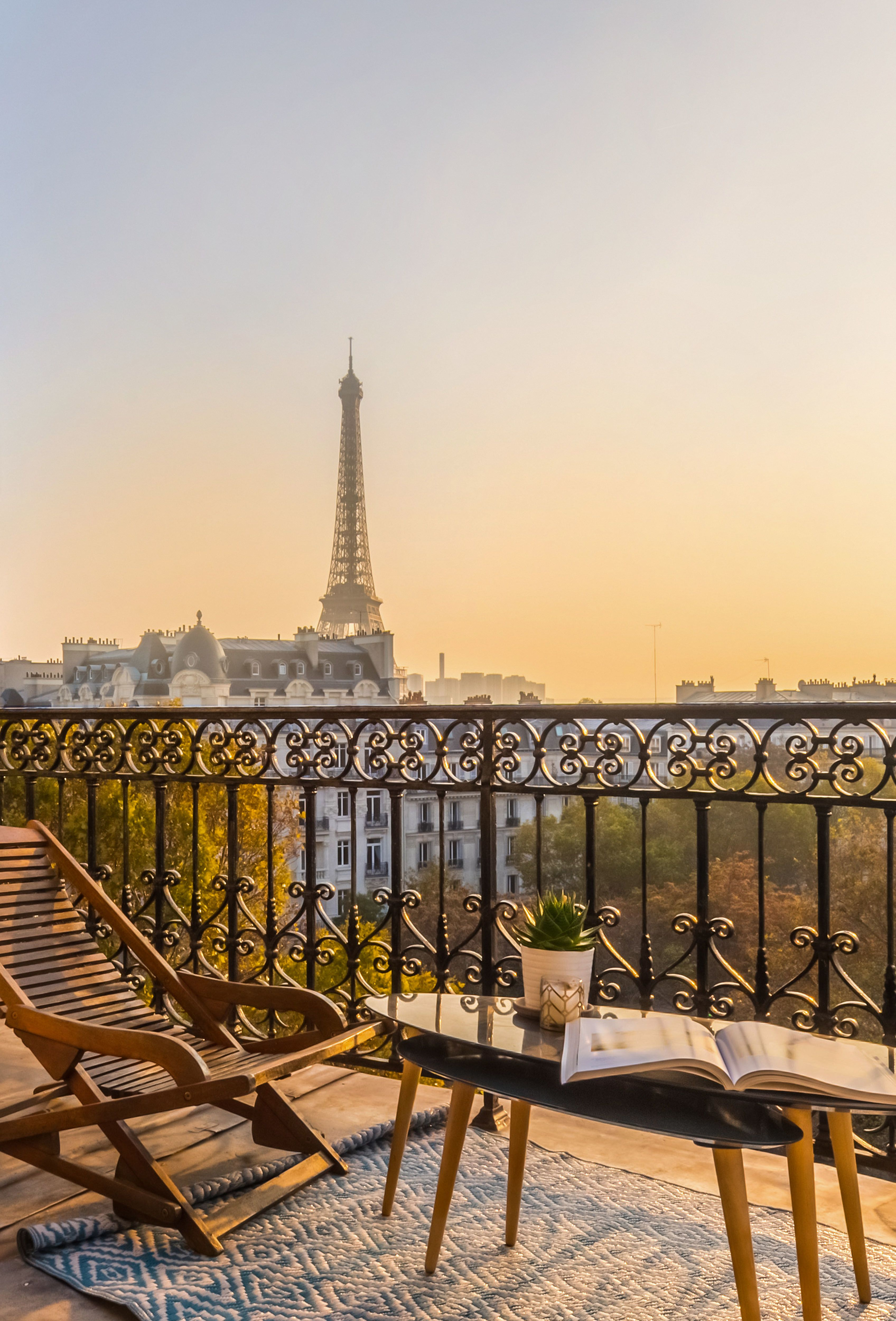 Paris Hotels With Balcony - Stunning Paris Hotels With Eiffel Tower Views