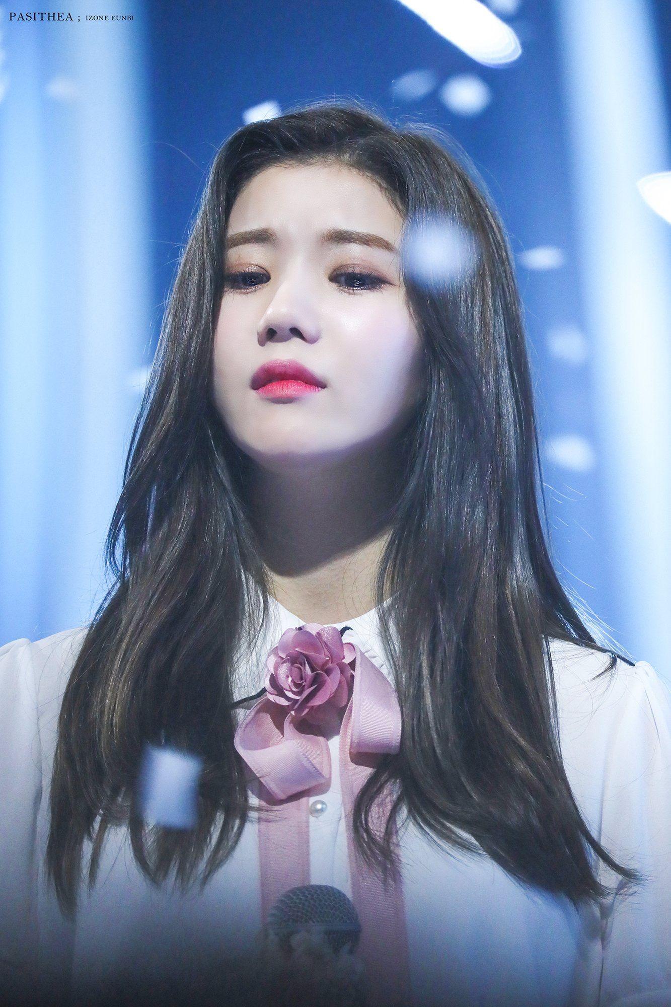 Kwon Eunbi IZONE IZONE