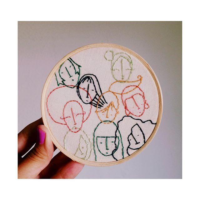 Tá rolando um mutirão criativo na @espaconave com as meninas do @bujiblog e outras 50 pessoas talentosíssimas. Vou contribuir com dois quadrinhos e amanhã estarei lá botando a mão na massa.. Vai ser lindo✨ #mutiraoespaconavebuji #bordado #bordadolivre #bordadomanual #bordadoamao #embroidery #embroideryart #handembroidery #handmade #feitoamao #feitocomamor #mulheres #womans #girls