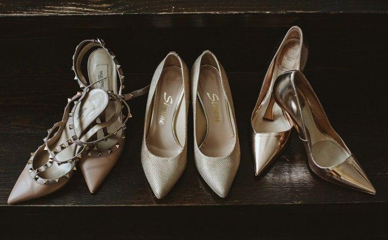 Fryzury Slubne Dla Panien Mlodych O Poldlugich Wlosach Jakie Fryzury Slubne Sa Najlepsze Dla Sredniej Dlugosci W In 2020 Stella Mccartney Stella Mccartney Elyse Shoes