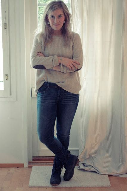 Outfit with duck boots and J.Crew sweater  http://skiglari-norppa.blogspot.com
