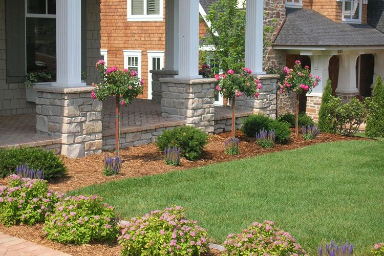 Front entrance landscaping ideas front yard landscape for Front porch landscaping ideas