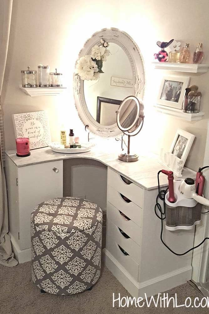 Makeup Vanity Table Ideas To Assist Your Makeup Routine Glaminati Com Room Decor Small Room Design Bedroom Vanity