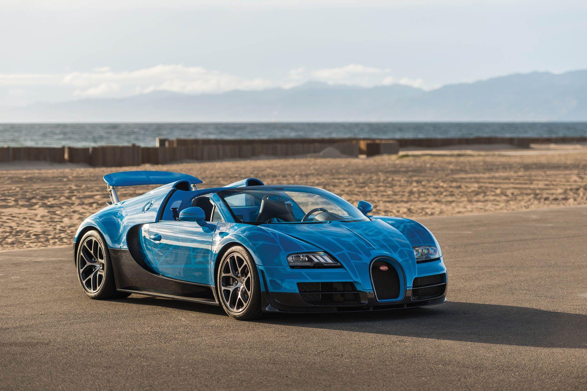 Transformers Themed Bugatti Veyron Is Heading Back To The Auction Block Bugatti Veyron Bugatti Veyron Super Sport Bugatti