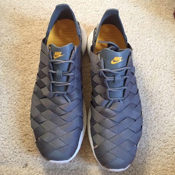 Nike roshe run woven size 8 men's